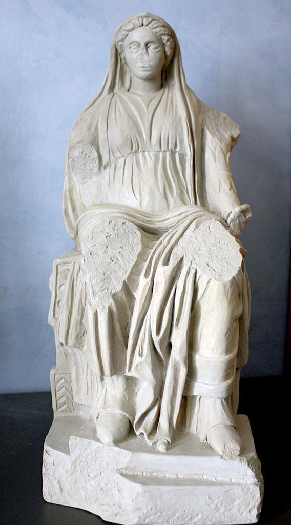 "Transposition tactile de la statue ""Bona Dea"""